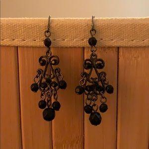 Jewelry - Vintage dangling earrings